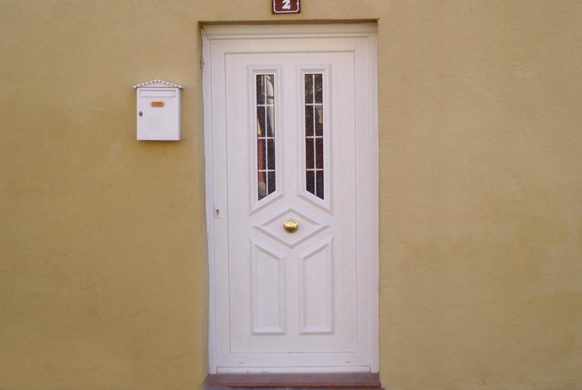 Puertas calle pvc materiales para la renovaci n de la casa - Puertas canomar ...